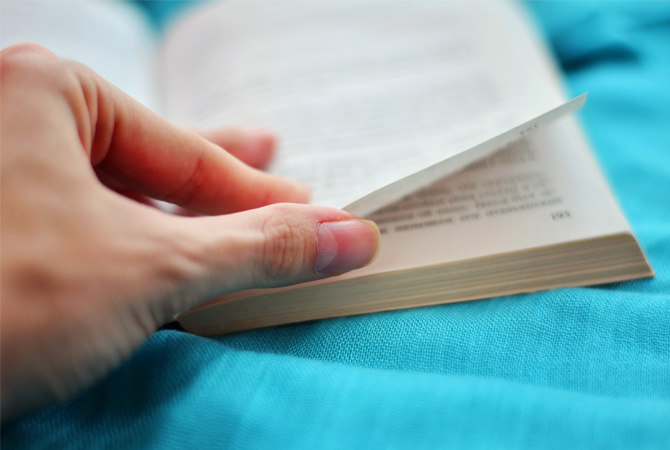 7 Effective Tips on How to Write a Page Turner of a Book!